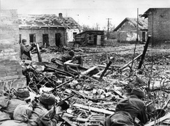 Soviets preparing to ward off a German assault in Stalingrad's suburbs