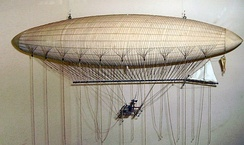 A model of the 1852 Giffard Airship at the London Science Museum.