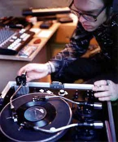 World Premier of the Tri-Phonic Turntable 14th July 1997, London.