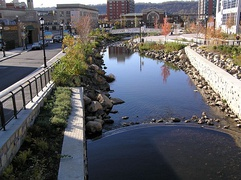 The Saw Mill River in Getty Square