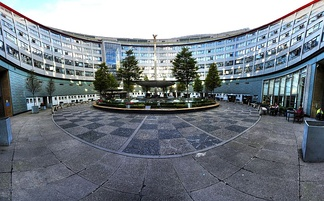 Panoramic view of the centre of the building, showing the statue of Helios, the Greek god of the sun
