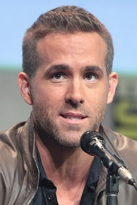 Reynolds at the 2015 San Diego Comic-Con to promote Deadpool