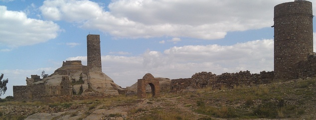 Ruins of Thula fortress in 'Amran, where al-Mutahhar ibn Yahya barricaded himself against Ottoman attacks