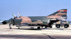 182d Tactical Fighter Squadron - McDonnell F-4C-19-MC Phantom 63-7569.