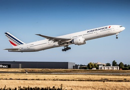 Air France Boeing 777 in the 2009 Livery