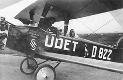 The company built airplanes during World War I, for example this Siemens airplane in 1926.