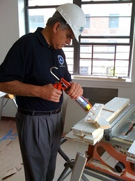 LaHood works on a Habitat for Humanity project in Brooklyn, New York City, June 2009