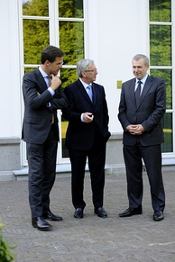 Prime Ministers Mark Rutte (Netherlands), Jean-Claude Juncker (Luxembourg) and Yves Leterme (Belgium) in The Hague on 24 May 2011