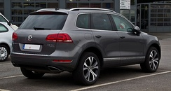 Pre-facelift Volkswagen Touareg V6 TDI BlueMotion (Germany)