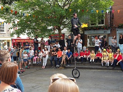 Street performer in King's Square