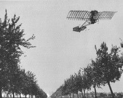 Flying the Demoiselle over Paris