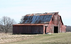 An old barn in rural Lincoln County