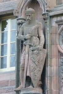 Wallace statue by D. W. Stevenson on the Scottish National Portrait Gallery, Edinburgh