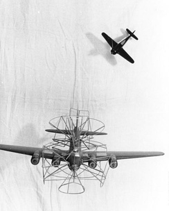"German training model on how to attack a ""flying porcupine"" (fliegendes Stachelschwein)"