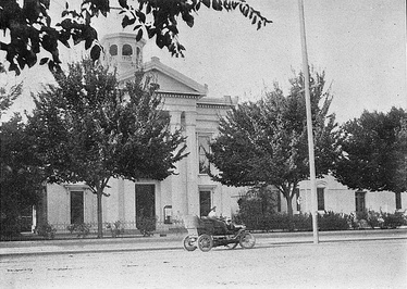 Colusa County Courthouse in 1908