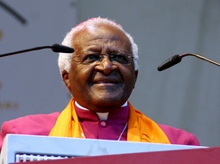 Tutu at the German Evangelical Church Assembly, 2007