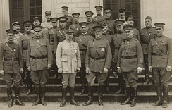 Philippe Pétain and John J. Pershing were decorated with the Grand-croix of the Legion of Honor, as were several US generals with the Commandeur and Chevalier medal shortly after World War I in 1919.