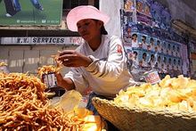 Kakapizon and chips food vendor in Antananarivo Madagascar.jpg