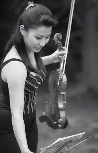 Korean American violin virtuoso Sarah Chang