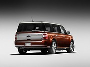 2009 Ford Flex with horizontal grooves to evoke wood[1]