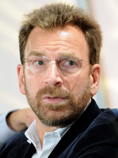 Edgar Bronfman Jr., scion of the Canadian-based Bronfman family, took control of WMG in 2004.