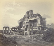 An 1868 photograph of the ruins of the Vijayanagara Empire at Hampi, now a UNESCO World Heritage Site[270]