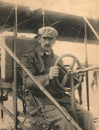 Glenn Curtiss in his Curtiss No. 2 aircraft