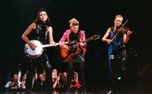 Dixie Chicks performing at Madison Square Garden on June 20, 2003, during the Top of the World Tour