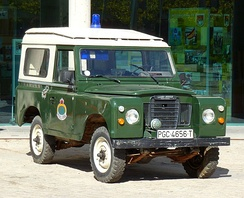 Spanish Civil Guard Santana Land Rover 88 series.