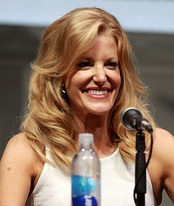 Anna Gunn, Outstanding Supporting Actress in a Drama Series winner