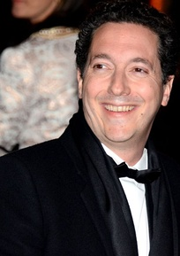 Guillaume Gallienne, director and star of Me, Myself and Mum, won the César Awards for Best Film and Best Actor.