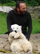 Knut and his keeper Thomas Dörflein