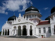Baiturrahman Grand Mosque, Indonesia, with Mughal and Dutch Colonial influences.