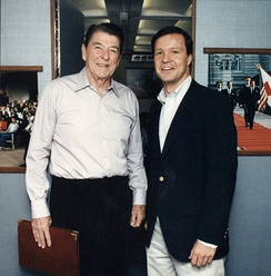 Cox with President Ronald Reagan in 1986