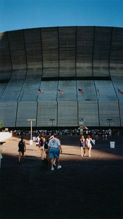The exterior of the Superdome during the 2001 National Lutheran Youth Gathering.