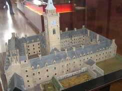 A model of the old High Street Building, in the Hunterian Museum