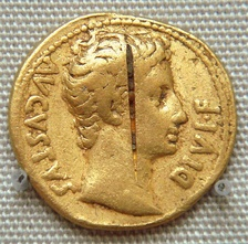 Coin of the Roman emperor Augustus from the Pudukottai hoard (British Museum).