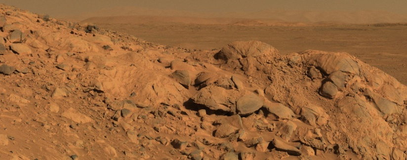 Panorama of rocks near the Spirit Rover – Gusev Crater (August 5, 2004).