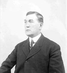 O'Day in 1907, during his umpiring career