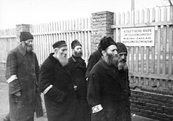 Jewish men with armbands in the Radom Ghetto, March 1941
