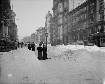 Fifth Avenue after a snow storm in 1905