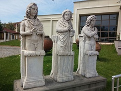 Statues depicting the seasons summer, winter and autumn (from left to right) in Kocaeli Museum