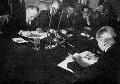 The non-aggression pact signed by Aarno Yrjö-Koskinen and Maxim Litvinov, Moscow, 1932