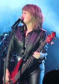 Suzi Quatro is a singer, bassist and bandleader. When she launched her career in 1973, she was one of the few prominent women instrumentalists and bandleaders.