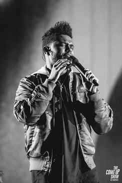 Tesfaye performing in August 2017