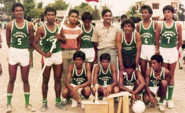 Volleyball ball team of Majeediyya School - Solih is standing on the far left