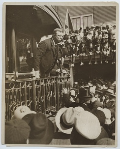 President Theodore Roosevelt delivering a speech