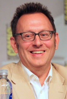 For his portrayal of Ben Linus, Michael Emerson received many awards and nominations, including winning a Primetime Emmy Award for Outstanding Supporting Actor in a Drama Series in 2009.