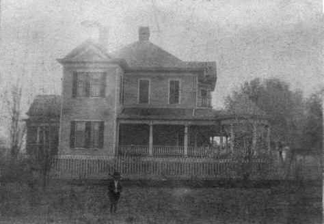 Pearce-Bishop House photographed around 1898.