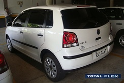 The Brazilian Volkswagen Polo E-Flex 2009 was the first flex fuel model without an auxiliary tank for cold start.
